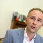 Enyedi a Fülkében: Az irány egyértelmű, az autokrácia felé teszünk lépéseket