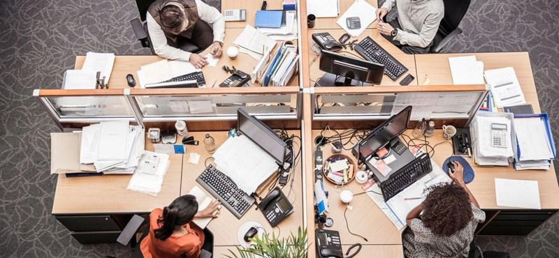 Álom volt, de talán sose lesz valóság, hogy az irodákban ne álljon hegyekben a papír