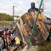 Tüntetők zárták le a barcelonai repülőtér környékét