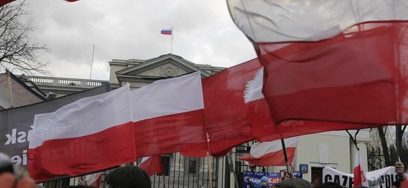 Kelet-európaiakkal pótolják az elvándorolt munkásokat Lengyelországban