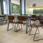 """Új szintet lépett a pedagógushiány: """"bármilyen szakos tanárt"""" keresnek apróhirdetésben"""
