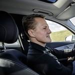 Beperelték a kómában fekvő Schumachert