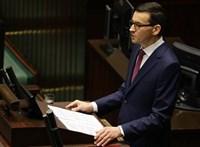 Saját kormánya ellen kért bizalmi szavazást a lengyel miniszterelnök