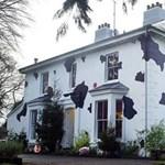 10 bizarr, színesre festett ház