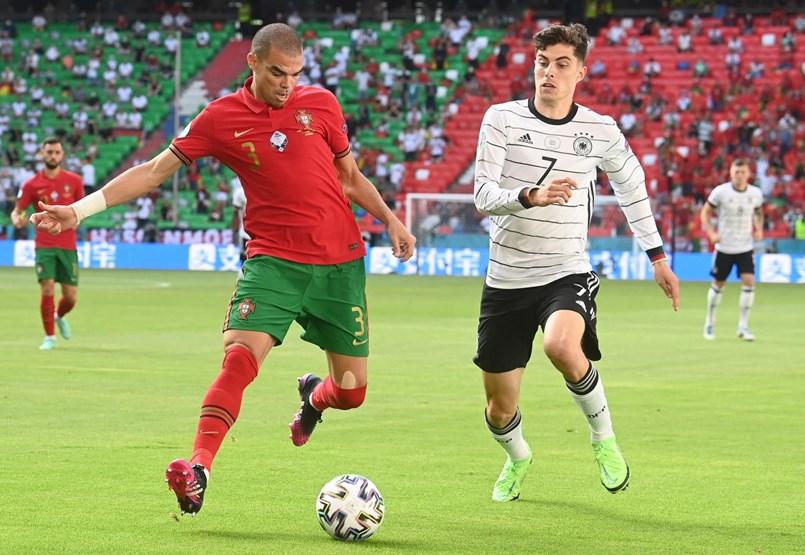 Németország a címvédő ellen javítana – a labdarúgó Eb kilencedik napja percről percre