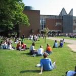 Már elsőévesen munkát keresnek a brit egyetemisták