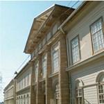 Megnyitja kapuit a pécsi Egyetemi Könyvtár
