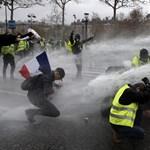 Hiába nyilváníthatnak véleményt az életszínvonalról és az adópolitikáról, ismét tüntetnek Franciaországban