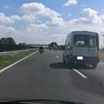 Az M3-as autópályát elfoglaló motorosok miatt szabadult el a kommentháború a Facebookon