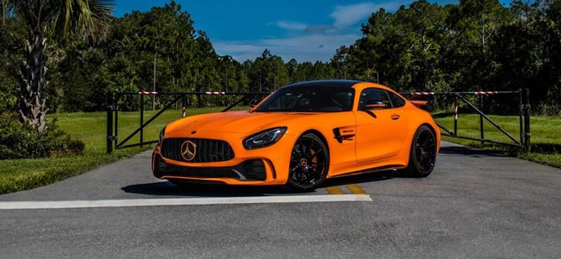Csípős narancs: 772 lóerős új Mercedes bukkant fel