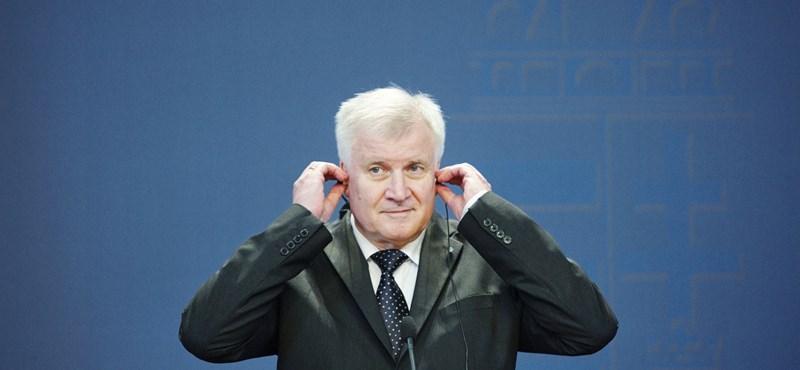 Megoldódott a német kormányválság