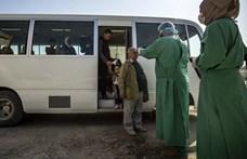 Romániában is fertőzött a Wizzair-gép utasa, Dániában egy tévés betegedett meg - hírek a járványról percről percre