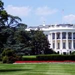 Gyanús csomag miatt evakuálták a CNN szerkesztőségét, a Fehér Háznak is bombát küldhettek