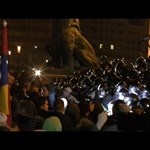 """""""Mi is ki szeretnénk mutatni, hogy a kormány ellen vagyunk"""" – videó a keddi tüntetésről"""