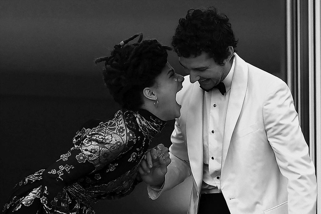 afp.16.05.21. - Sasha Lane és Shia Labeouf - Cannes-i Filmfesztivál feketén-fehéren, Nagyítás