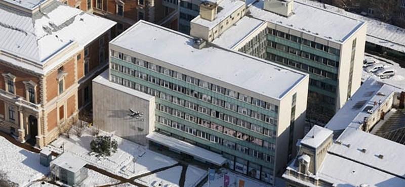 Bizonytalan, hova költöztetnék a Várból kitett Széchenyi könyvtárat