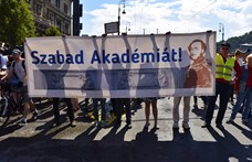 Szegeden is kiállnak az MTA mellett