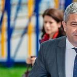 Repülőn élesztett újra egy utast a román miniszter