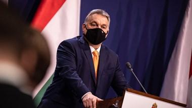 Szamizdat, balfácán, letiltás - furcsa közleményben reagált Orbán Manfred Weber szavaira