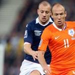 Robben csatlakozott a hollandokhoz