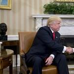 Trump beelőzte Obamát, már népszerűbb, mint a korábbi elnök