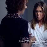 Szörnyű rémálmot vállalt be Jennifer Aniston az új Emirates-reklámban – videó