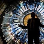 """Ma 90 éves a tudós, aki még sosem használt mobilt, de örökre megváltoztatta a világot az """"isteni részecskével"""""""