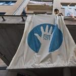 A fenyegetések ellenére megkapták a fizetésüket az SZFE dolgozói