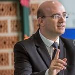 A helyettes államtitkár szerint a pedagógushiány miatt legalább el tudnak helyezkedni a friss diplomások