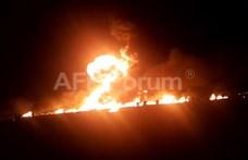 Felrobbant egy megcsapolt üzemanyag-vezeték Mexikóban - sok a halott