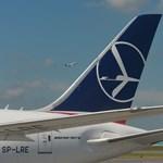 A lengyelek is kínaiaknak próbálják elpasszolni a nemzeti légitársaságukat