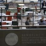 Diploma előtt: jól járnak a külföldi hallgatókkal az egyetemek