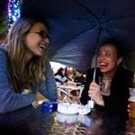 Belvárosi csenddiszkó, zöld sziget az Akácfa utcában - egyetemi bulik a héten