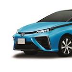 Íme, az üzemanyagcellás Toyota, aminek csak víz távozik a kipufogójából