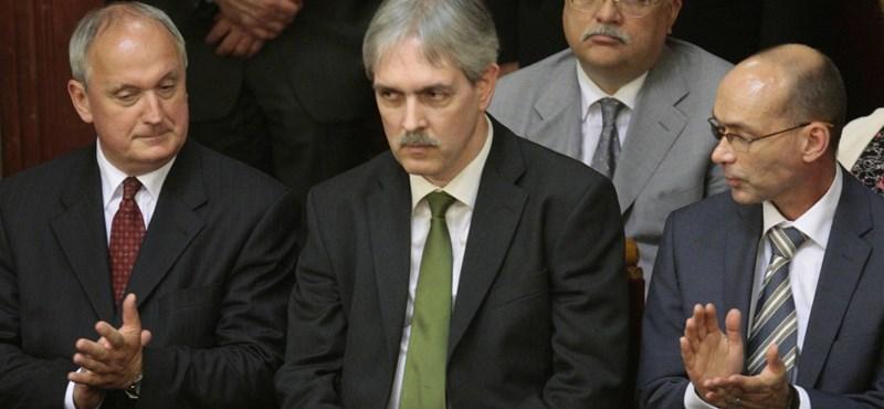 Giró-Szász: először tanulmányozzuk a Baka-ítéletet