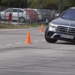 Az új Mercedes S-osztályt is megizzasztották a jávorszarvasteszten – videó