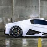 Videón a szomszédban készülő Bugatti-verő hiperautó
