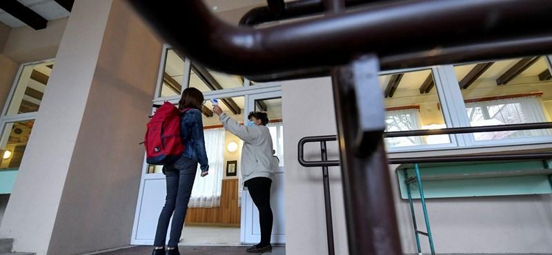 Veszélyesnek tartja az iskolanyitást a Civil Közoktatási Platform