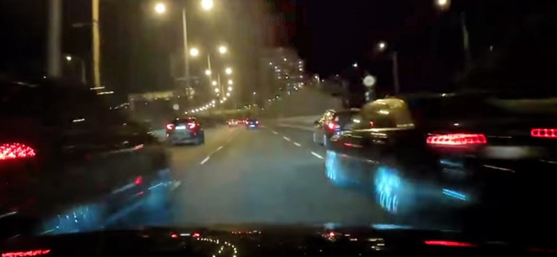 Olyan videó készült az M3-as kivezetőjén, amit nehéz józan ésszel felfogni