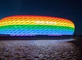 A müncheni frakciók szivárványszínűvé tennék a stadiont a német-magyar meccsre