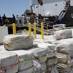 Több mint egy tonna kokaint foglaltak le a Csendes-óceánon