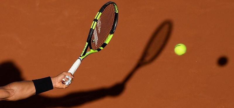 Annyira örült a teniszező a pontnak, hogy a labdaszedő kisfiú is megijedt