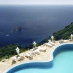 Mindenki úszómedencét építtet Spanyolországban