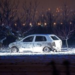 Holttestet találtak egy kiégett autóban Százhalombattán