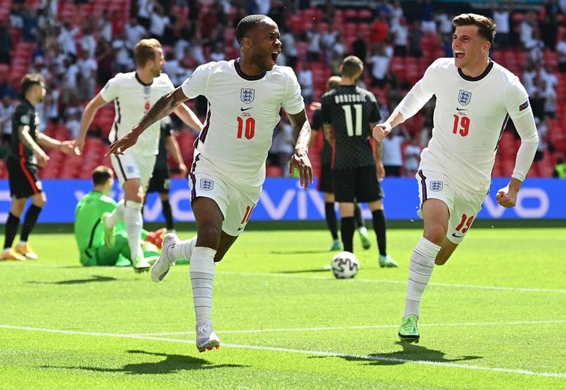 Anglia győzelemmel kezdett – percről percre közvetítés az Eb-ről