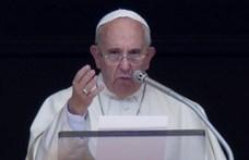 Ferenc pápa imádkozik George Floydért és a rasszizmus áldozataiért