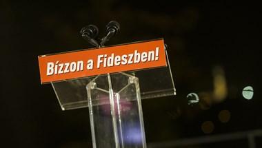 A fővárosi Fidesz-KDNP 1,2 millió forintot ad a koronavírus miatt árván maradt gyerekeket segítő alapítványnak