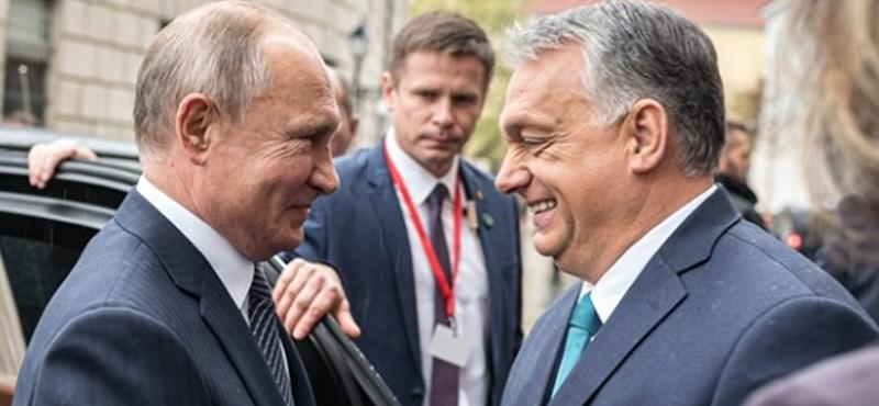 Nézegessen egymásra mosolygó Putyint és Orbánt!