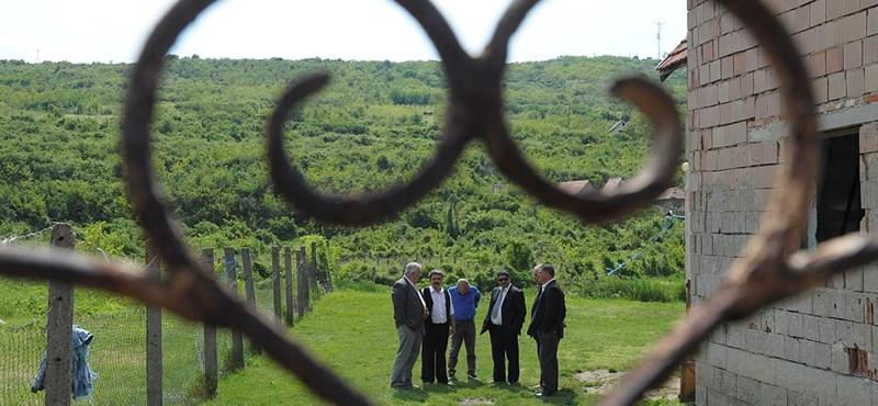 Államtitkár: a negatív szenzációk előbbre vitték a romastratégia ügyét
