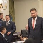 """A főpolgármester-helyettes szerint """"kisstílű mandátum-kereskedelembe"""" fogott az MSZP Angyalföldön"""